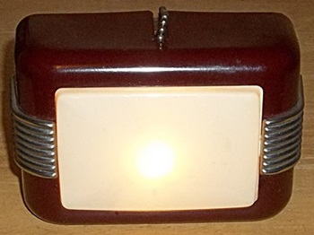 art deco wall-light