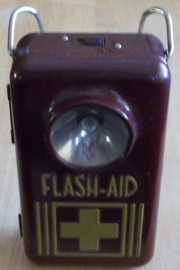 flash-aid lantern
